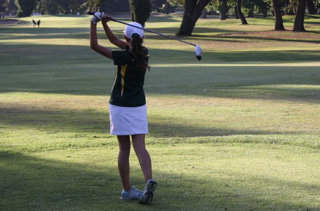 Varsity Women's Golf Team 'drive' away