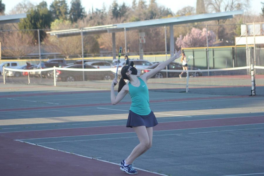 Girls tennis finds success in a challenging season