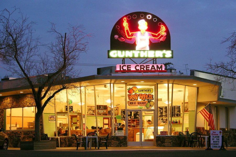 Gunthers Ice Cream Shop is a perfect end-of-summer hangout